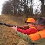 Ken_Beam_teaching_his_nephew_how_to_shoot